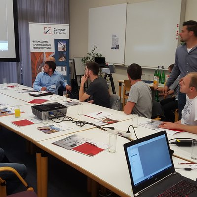 Handl Machines made it possible for us to host a user meeting for customers from Austria and the surrounding areas.