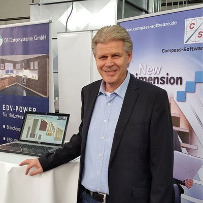 German Head of Sales Klaus Eilers exhibited at the in-house trade fair of the company Papenbroock (10/28 - 10/30/2016).